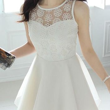 White Patchwork Lace Grenadine Round Neck Cute Homecoming Mini Dress