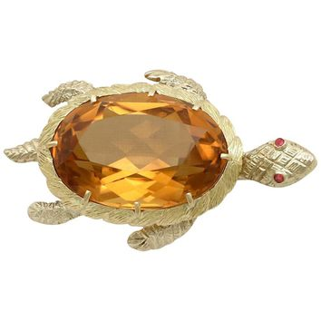 1970s 38.65 Carat Citrine and Ruby Yellow Gold Turtle Brooch