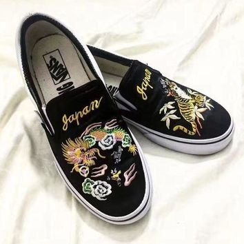 CREYON VANS x ROLLICKING Slip-On Dragon Tiger Embroidery Casual Sport Shoes Sneakers