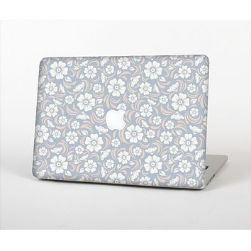 "The Subtle White and Blue Floral Laced V32 Skin Set for the Apple MacBook Pro 13"" with Retina Display"