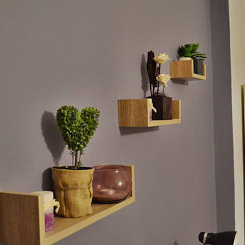 Wooden floating shelves / set of 3 shelves /wooden shelf / floating shelf / modern shelves / wall shelves