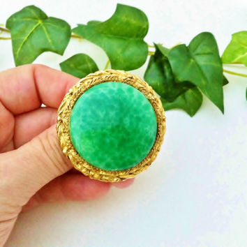 Green Stone Brooch, Vintage Brooch With Green Stone, Round Gold Brooch, Green and Gold, Faux Jade, Malachite, Big Round Gold Pin