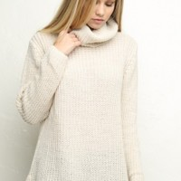 Brandy & Melville Deutschland - Amalia Turtleneck Sweater