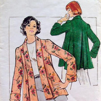 Butterick 3930 Sewing Pattern 70s Jacket Loose Fit Trapeze Inverted Pleat Shawl Collar Bust 32