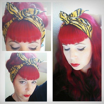 Tiger one sided Wide Headwrap Headscarf Bandana Hair Bow Tie Vintage Style - Rockabilly - Pin Up