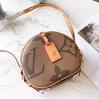 LV Louis Vuitton Fashion New Print Round High Quality Shoulder Bag Women