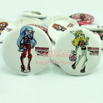9PCS Monster High Girls' Love 30mm Diameter Buttons Pins Badges Lovely Round Brooch Badges Children Party Gifts Bags Accessories