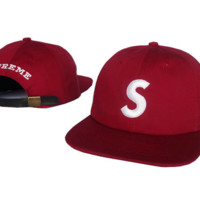 Red  Supreme Embroidered Hip Pop Hat Cap