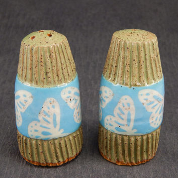 ceramic salt and pepper shakers, sgraffito pottery, butterfly salt and pepper, stoneware shakers, ceramic tableware