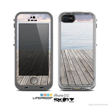 The Paradise Dock Skin for the Apple iPhone 5c LifeProof Case