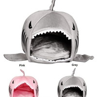 Luxury Shark Mouth Pet Dog Cat House Removable & Washable Dog Bed Kennel = 1929534724