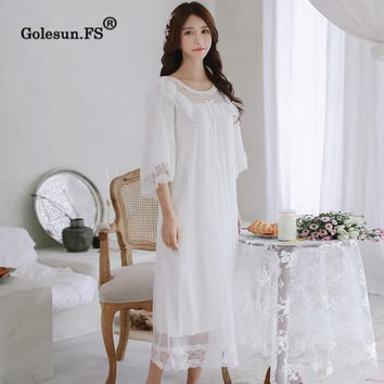 High Quality Autumn Women Elegant blend cotton Lace Floral Gown Lady Princess Sexy Floral Sleepwear Nightgowns Retro 8088