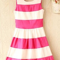 Contrast color stripe splicing  sleeveless dress from Fanewant