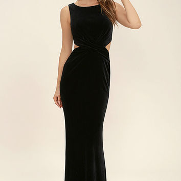 Reach Out Black Velvet Maxi Dress