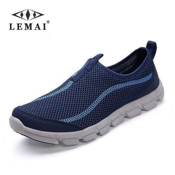 ICIKYE New Men Casual Shoes, Summer Mesh For Men,Super Light Flats Shoes, Foot Wrapping Big S