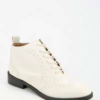 Chelsea Crew Dressler Lace-Up Boot - Urban Outfitters