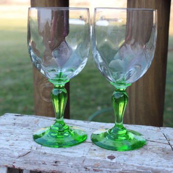 2 vintage green stemmed wine glasses from France, wedding toasting, French crystal wine glasses, emerald green wine glasses elegant toasting