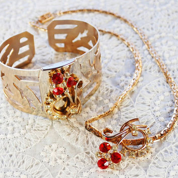 Vintage Jewelry Set, Choker Necklace, Wide Hinged Cuff Bracelet, Red Rhinestone Flower Bouquet, Gold, 1930s Art Deco Holiday Jewelry