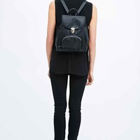 Deena & Ozzy '90s Clasp Pocket Backpack in Black - Urban Outfitters