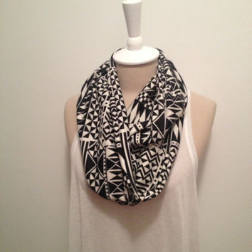 Black and Cream Geo Knit Infinity Scarf