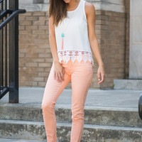 Free To Flaunt Skinny Jeans, Peach