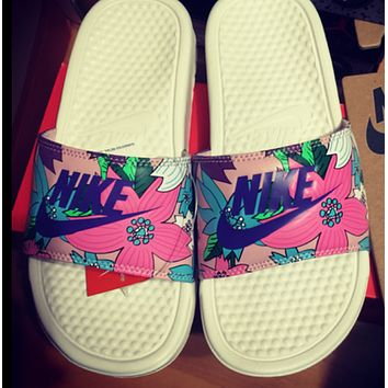 """""""NIKE"""" Casual Sandals"""
