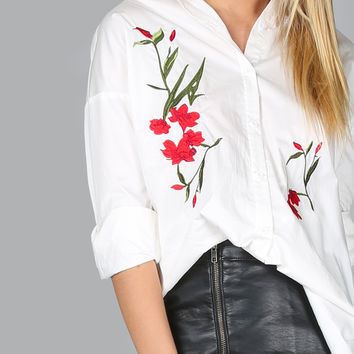 White Flower Embroidered High Low Blouse | MakeMeChic.COM