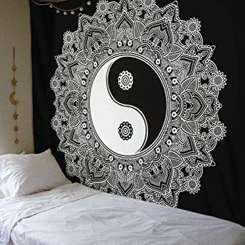 Black And White Yin Yang Wall Cloth Tapestry