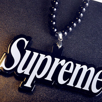 Supreme Gift Jewelry Shiny Stylish New Arrival Acrylic Hip-hop Pendant Necklace With Gift Box [9565013127]