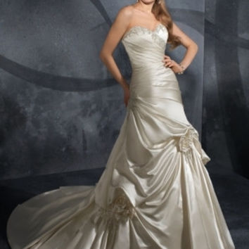 Mori Lee 2902 sating wedding gown with pick ups, White Size 10, Clearance $640