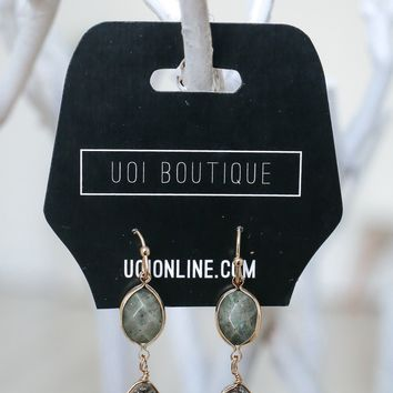 Chic & Shine Earrings - Charcoal