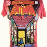 Batman Mens T-Shirt - Rogues Gallery Issue 566 Cover on Red