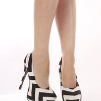Black White Chevron Print Fabric Platform Pumps