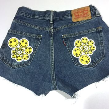 SMiley Spiral Patch Shorts