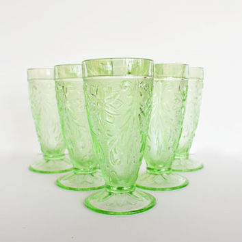 Chantilly Green Tall Glasses,  Vintage Indiana Glass by Tiara, Floral Sandwich Pattern, Set of 6 Light Green Glasses