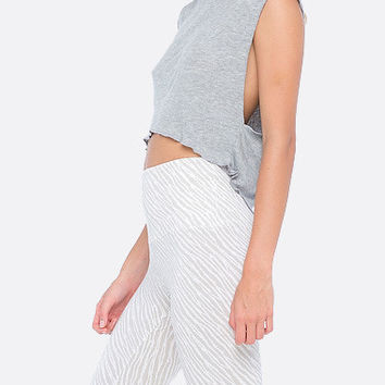 Indah | Mac & Cheese Ribbed Muscle Crop Tank (Misty)