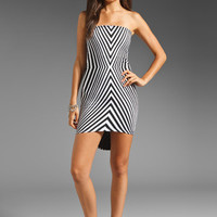 Motel Corinne Dress in Placement Hourglass Black & White from REVOLVEclothing.com