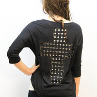 MACA Clothe · Studded Cross T in Black