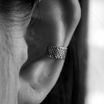 925 Sterling Silver Cartilage Ear Cuff - Oxidized Ear Cuff - Boho Ear Cuff - Bohemian jewelry - Simple Ear Cuffs - Clip on earrings - Gift