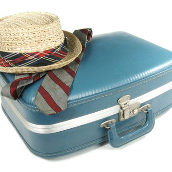 Vintage Suitcase / Small Blue Hard Plastic Suit Case / Luggage for Home Decor or Storage / Carry On
