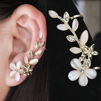 2016 New 1pc Flower Shape Rhinestone Left Ear Cuff Clip Golden Earring Ear Stud Free Shipping EAR-0414