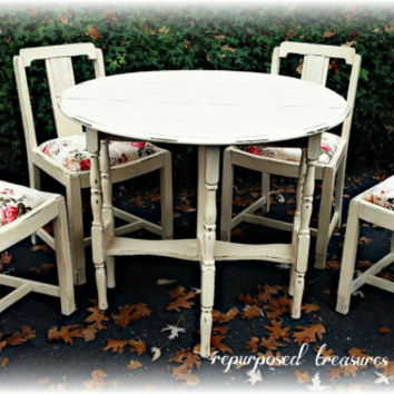 Vintage shabby chic, cottage, dining table 4 chairs, dining set, country cottage, french country, distressed, Upcycled, Repurposed, rustic