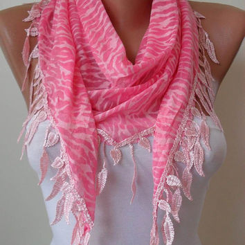 Pink Scarf with Lace Trim Edge Shaped Leaves