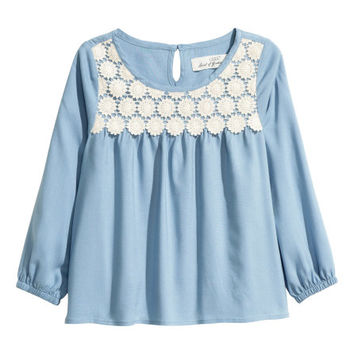 Blouse with Lace - from H&M