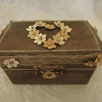 Boho Rustic Woodland Cottage CHic Wedding Ringbearer Box With FLowers and Jute