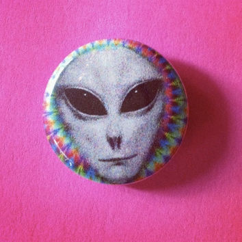 "1"" Trippy Alien Pin / Button"