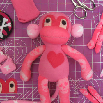Sock Monkey Plush D.I.Y. Kit No. 723 - No Sewing Machine Needed