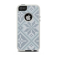 The Knitted Snowflake Fabric Pattern Apple iPhone 5-5s Otterbox Commuter Case Skin Set