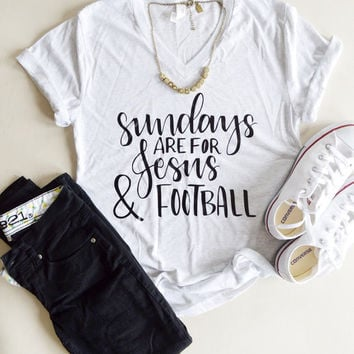 555cbba9fb2 Jesus and Football - Christian Tee - Woman Football Shirt - Jesus Shirt -  Sunday Shirt