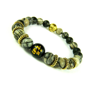 Lucky Symbol Chinese Gold Bracelet, Engraved Black Onyx Bead, Womens Mens Beaded Bracelet, Good Luck Japanese Kanji Feng Shui Bracelet Asian